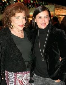 Adriana Ancelmo (à direita) com a amiga milionária francesa Angelique Chartonny
