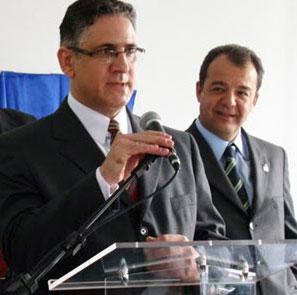 Cabral e Wilson Risolia: os carrascos da educação do Rio mandam os professores falsificarem notas para alunos passarem de ano