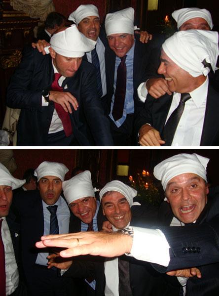 Sérgio Côrtes, Fernando Cavendish e Wilson Carlos dançando na boquinha da garrafa na maior galhofa em Paris