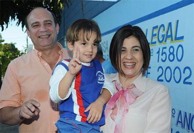Prefeita Rosinha Garotinho, com o vice Dr. Chicão, fez o dever de casa e crianças de Campos são beneficiadas com mais qualidade na educação