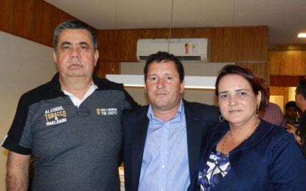 O fazendeiro Picciani, presidente do PMDB - RJ com o candidato a prefeito Neco, apoiado pela prefeita Carla Machado