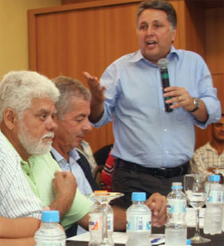 Garotinho com os deputados Zoinho e Paulo Feij em reunio do PR