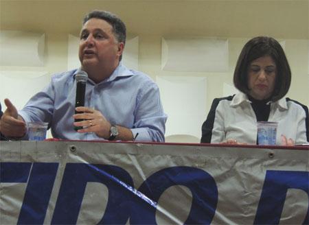 Garotinho e Rosinha na reunião do PR, no Instituto Bennett, no mês passado
