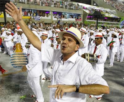 Eduardo Paes e seu chapéu Panamá