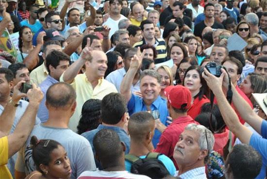 """Garotinho no comício da """"Largada da Vitória"""" (Foto de Luciano Azevedo)"""