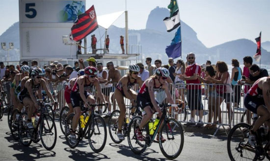 Desafio de Triatlo, ontem, em Copacabana