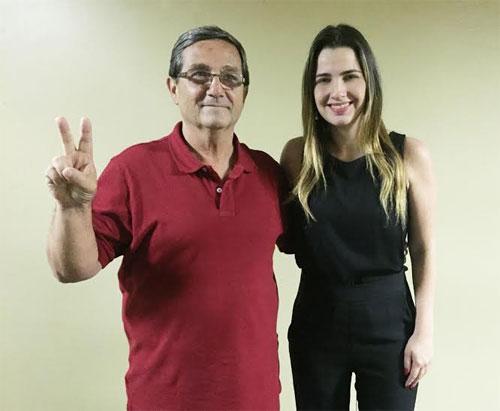 Clarissa Garotinho com o vereador Serginho, de Arraial do Cabo