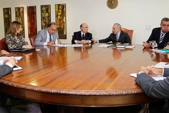 Assinatura do protocolo de intenções do acordo do Rio com a União