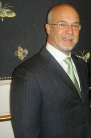 Arthur Cesar de Menezes Soares Filho, o Rei Arthur, do poderoso grupo Facility, que mudou o nome para Prol