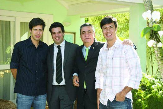 Jorge Picciani com os filhos