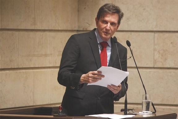 Prefeito Marcelo Crivella tomando posse na Câmara dos Vereadores
